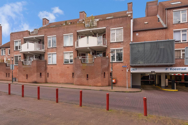 Bekijk foto 1 van Haagplein 40
