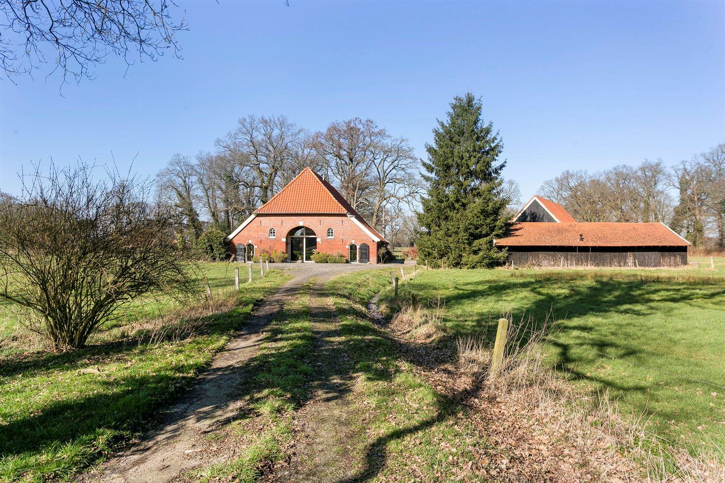 Bekijk foto 3 van Meijerinkveldkampsweg 3