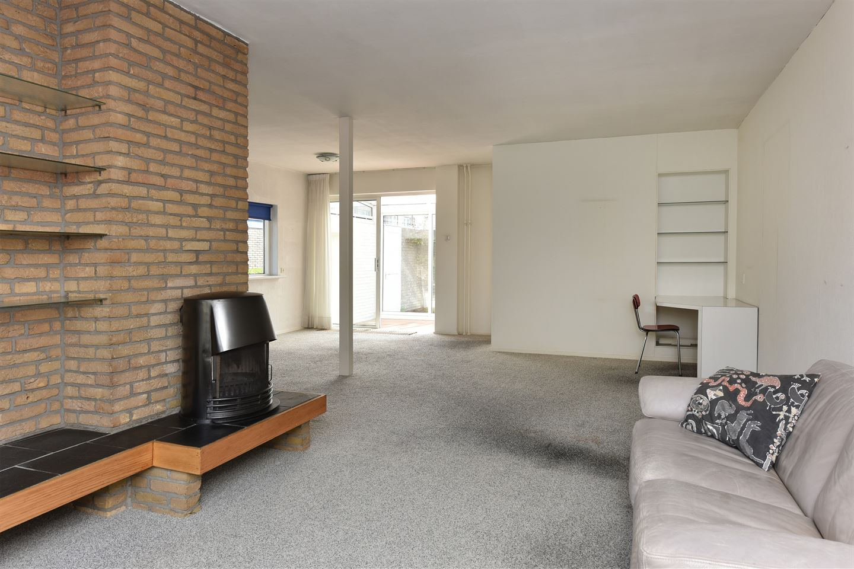View photo 3 of Antaresstraat 1