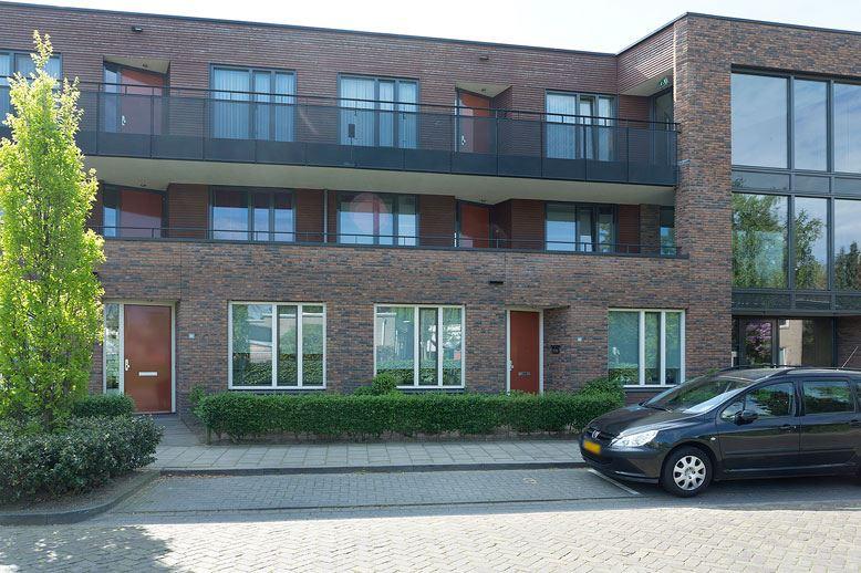 Bekijk foto 1 van Groeskuilenstraat 11 b