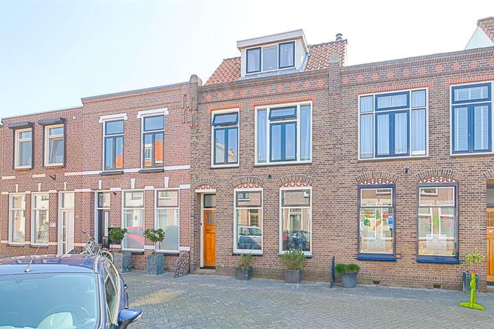 Van Hogendorpstraat 56