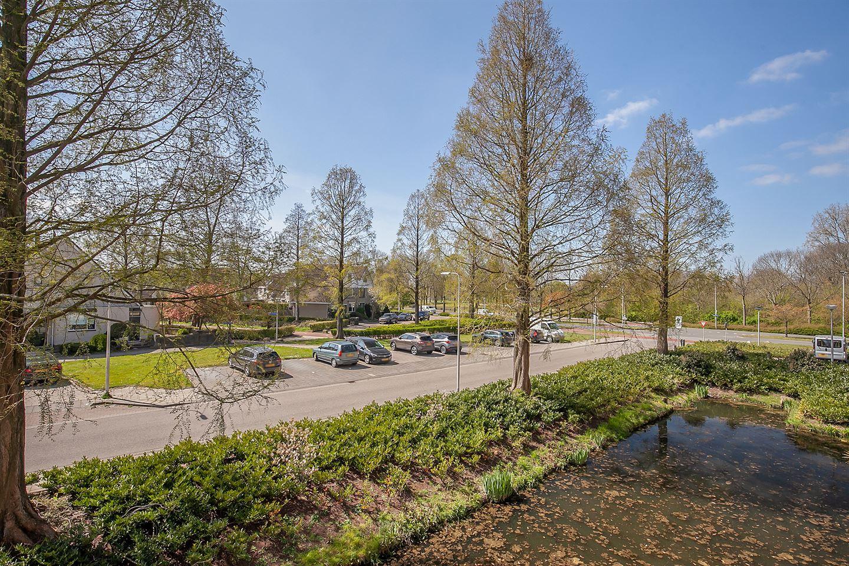 View photo 2 of Ferdinand Bolstraat 31