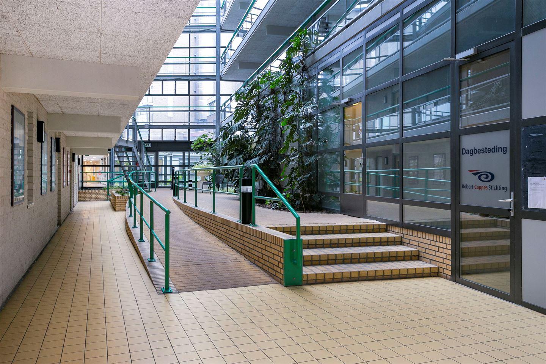 Bekijk foto 2 van Professor Cornelissenstraat 88