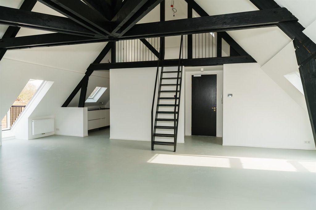 Bekijk foto 2 van Burgemeester van den Boschstraat 44 E