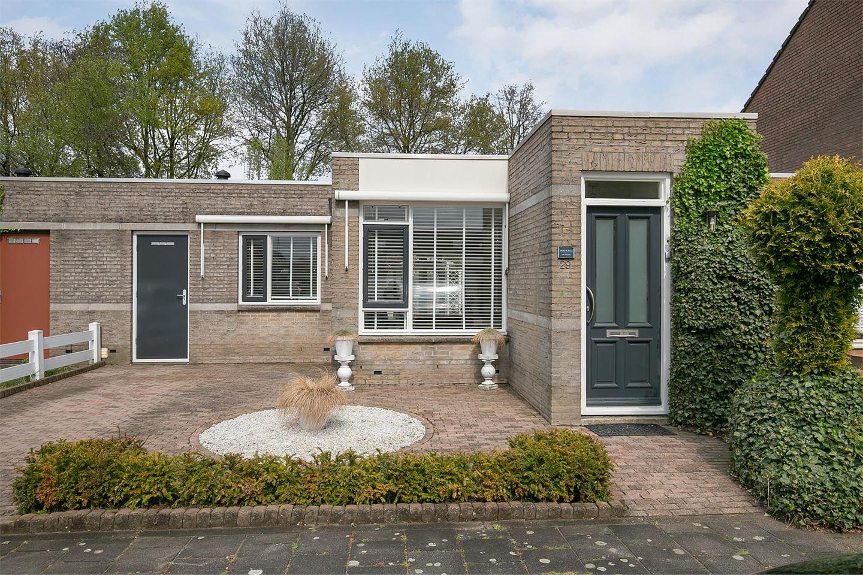 Bekijk foto 3 van Besoijenstraat 29