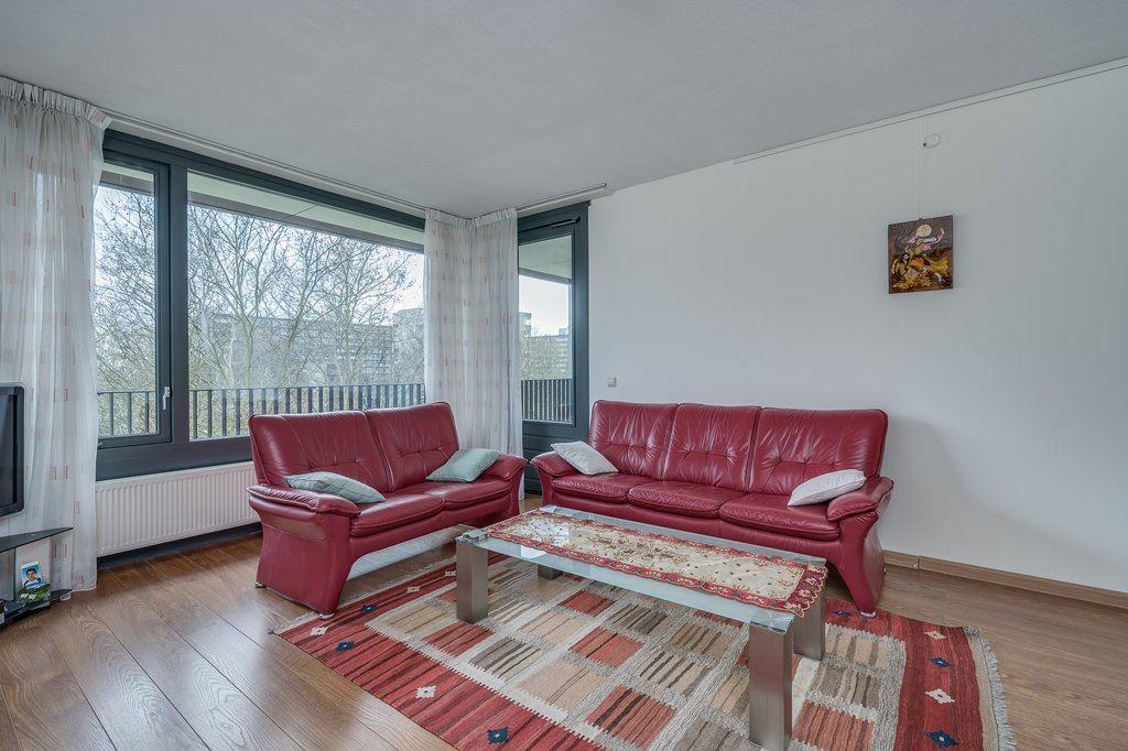 Bekijk foto 3 van Van Heukelomstraat 296