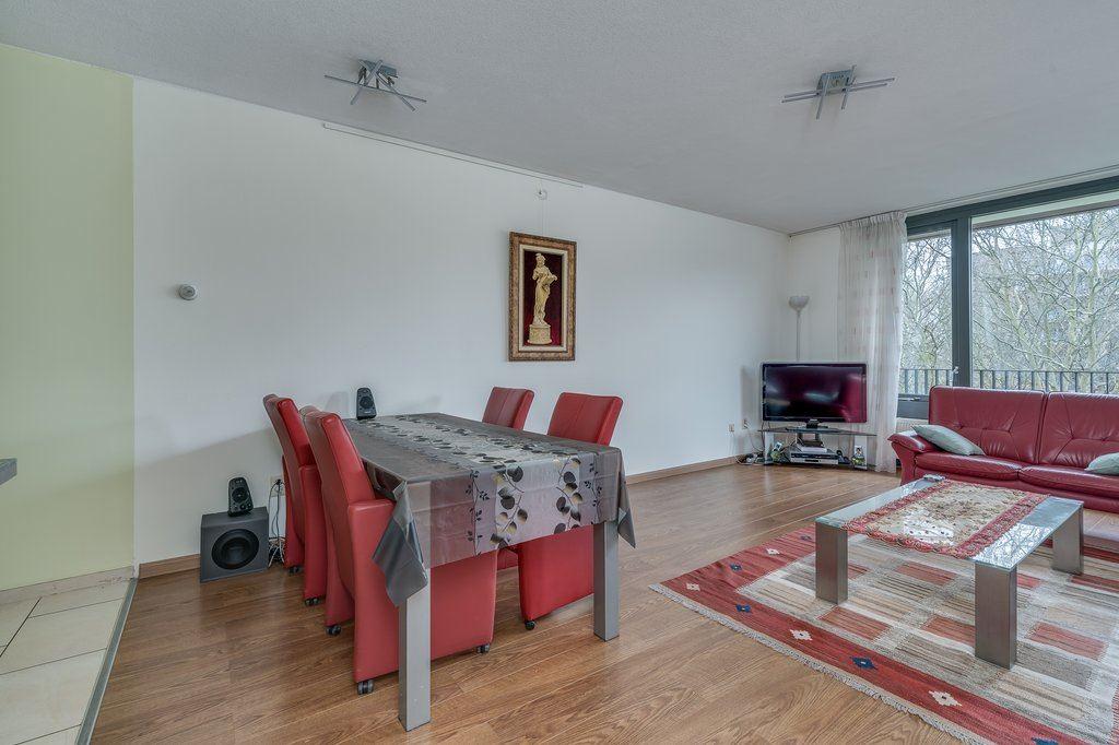Bekijk foto 4 van Van Heukelomstraat 296