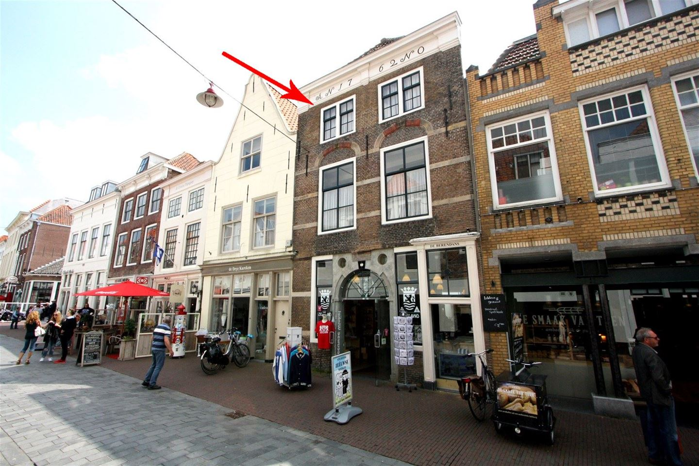 View photo 1 of Papenstraat 8