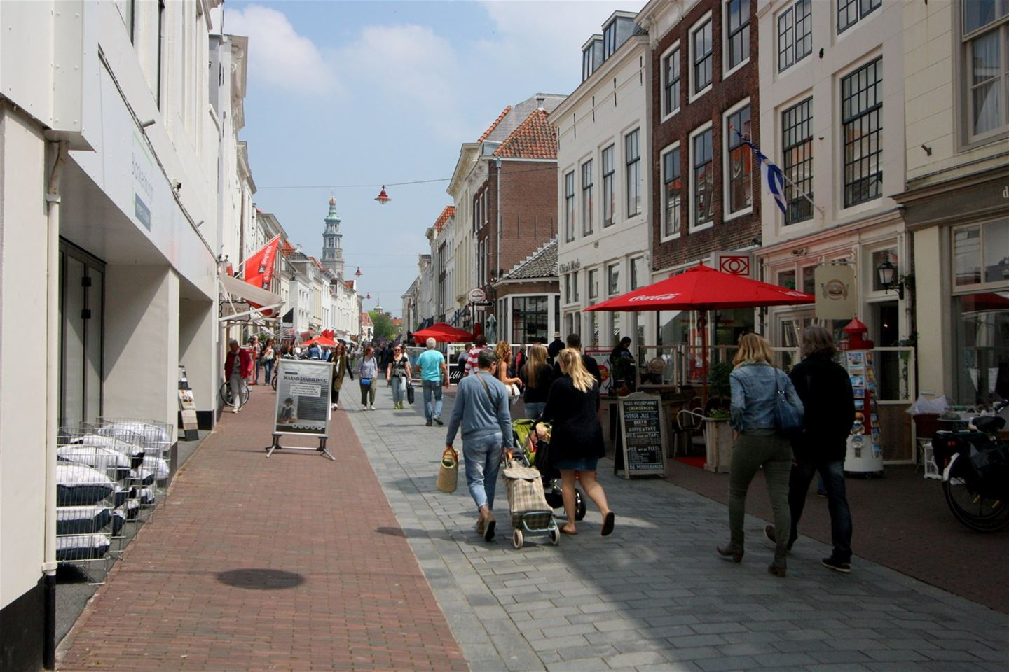 View photo 2 of Papenstraat 8