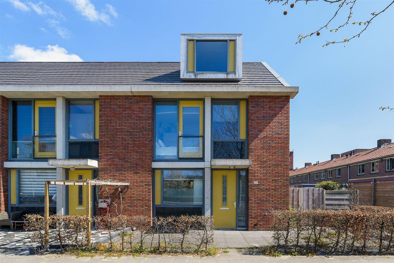 Bekijk foto 1 van Waalstraat 69