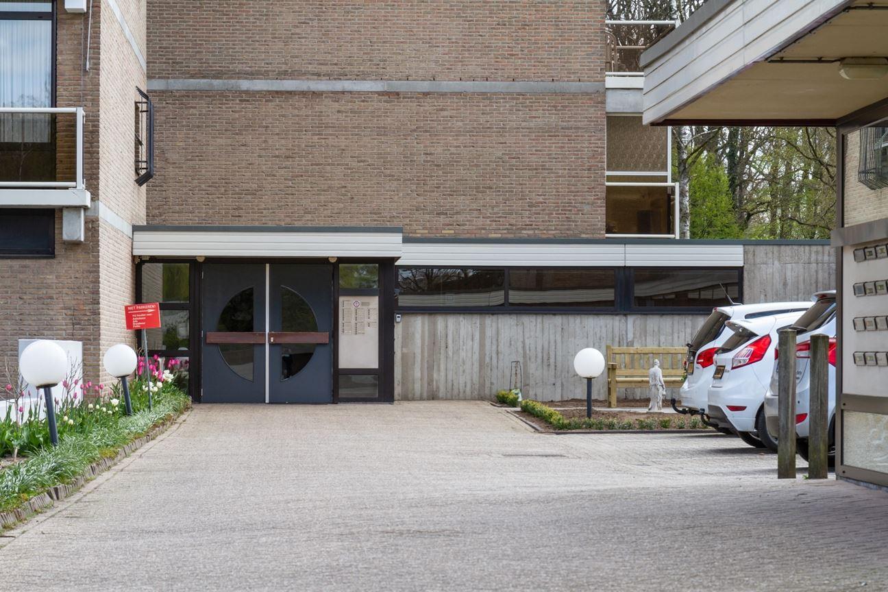 Bekijk foto 3 van Frerikshof 144