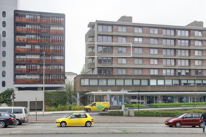 Burg. Hustinxstraat 90
