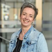 Magda Neelemaat - Commercieel medewerker