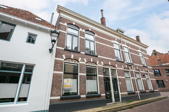 Burgwalstraat 12