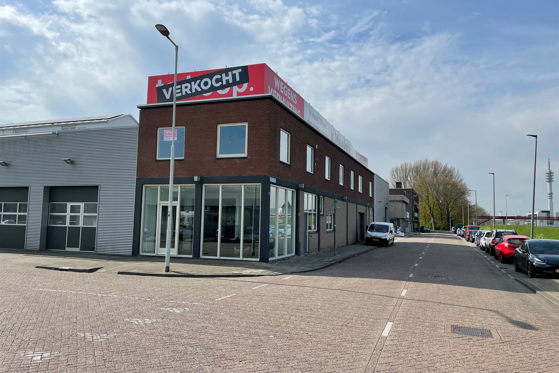 Bekijk foto 2 van Waalstraat 2