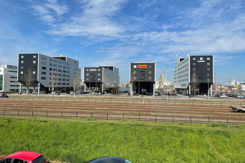 Bekijk foto 3 van Waalstraat 2