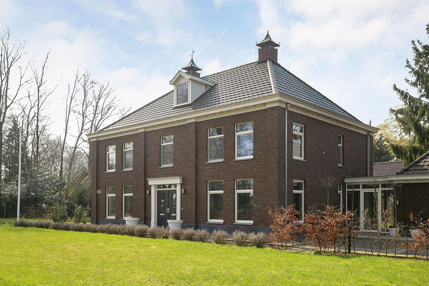 View photo 5 of Klooster 24