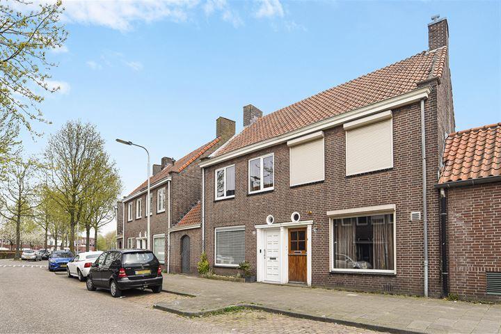 Professor Kernkampstraat 40
