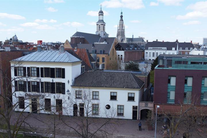 Oude Vest 9, Breda
