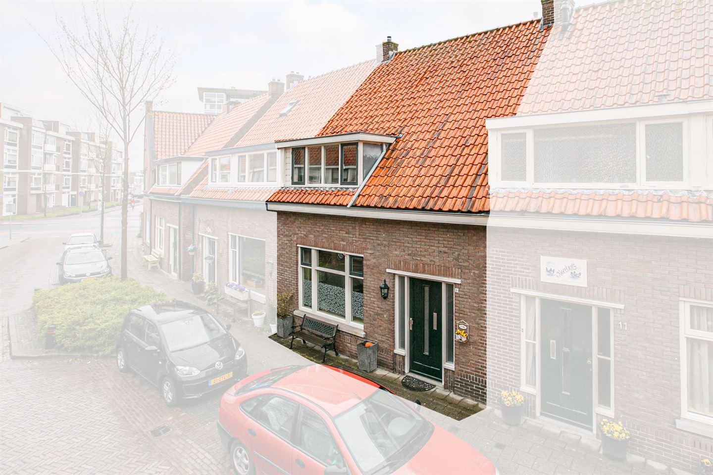 Bekijk foto 2 van Prins Hendrikstraat 9