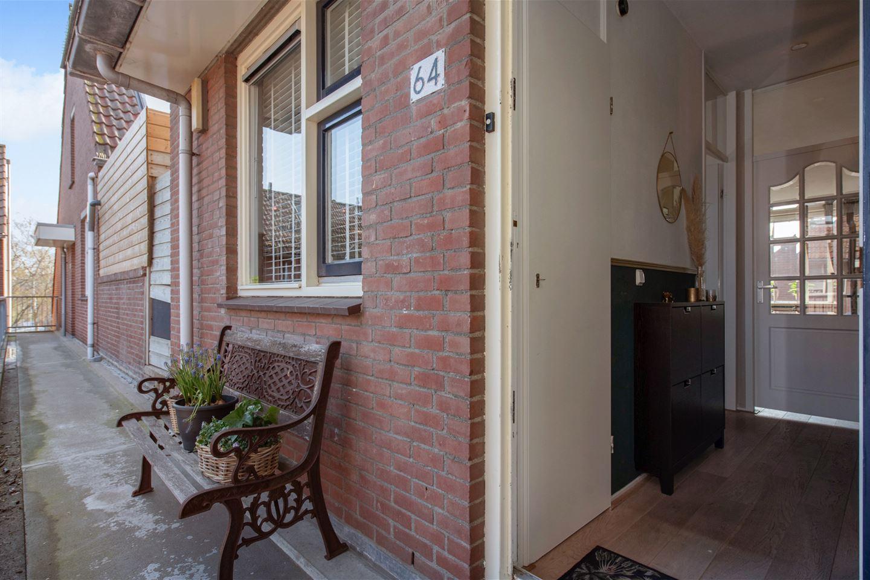 View photo 2 of Jules Massenetstraat 64