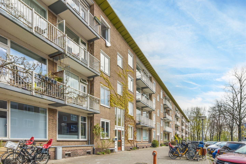 Bekijk foto 1 van Max Planckstraat 11 2