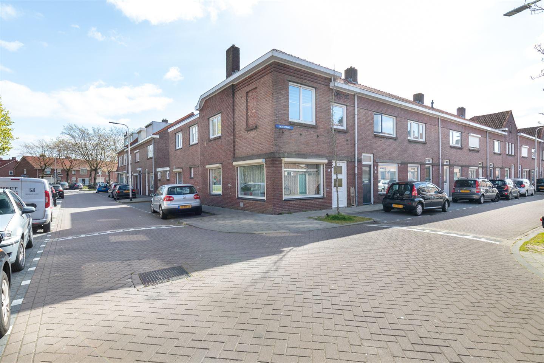 Bekijk foto 1 van Merelstraat 2