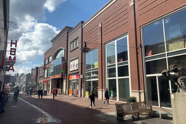 Bekijk foto 3 van Veestraat 14