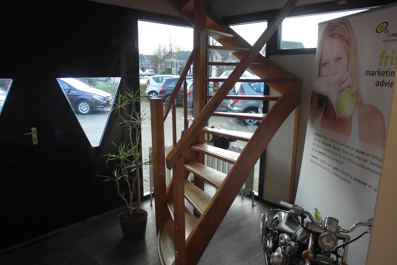 Bekijk foto 3 van Rijksweg 42 A