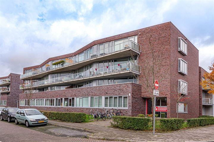 Palembangstraat 1