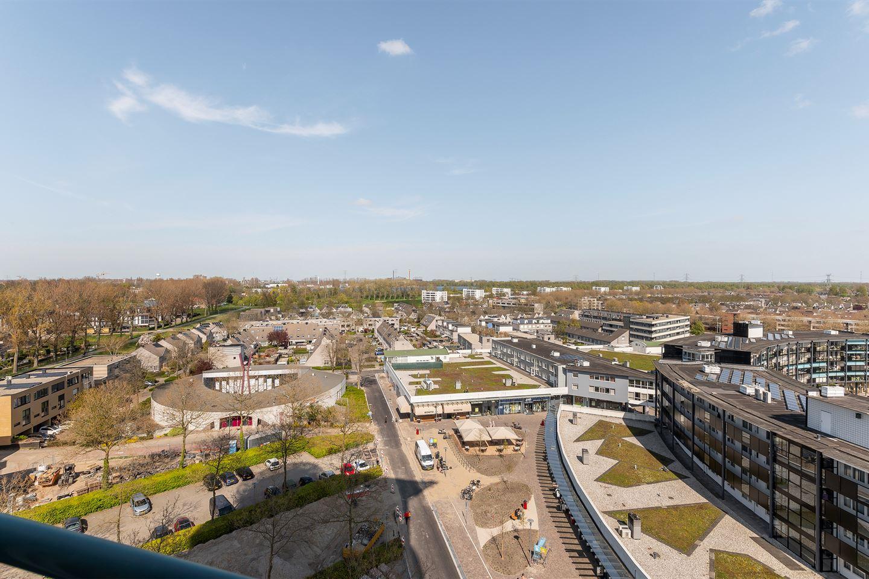 Bekijk foto 3 van Van Eesterenplein 290