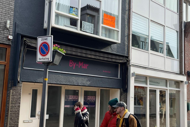 Bekijk foto 2 van Voorstraat 109