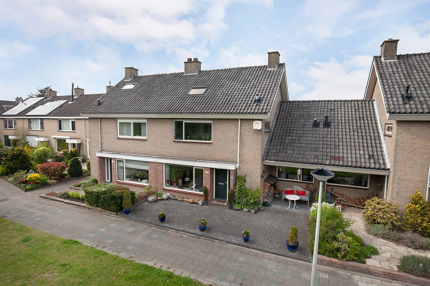 View photo 1 of Ghijseland 125