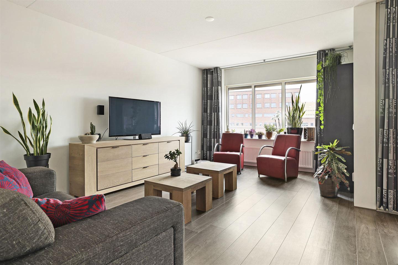 Bekijk foto 3 van Piet Mondriaanplein 171