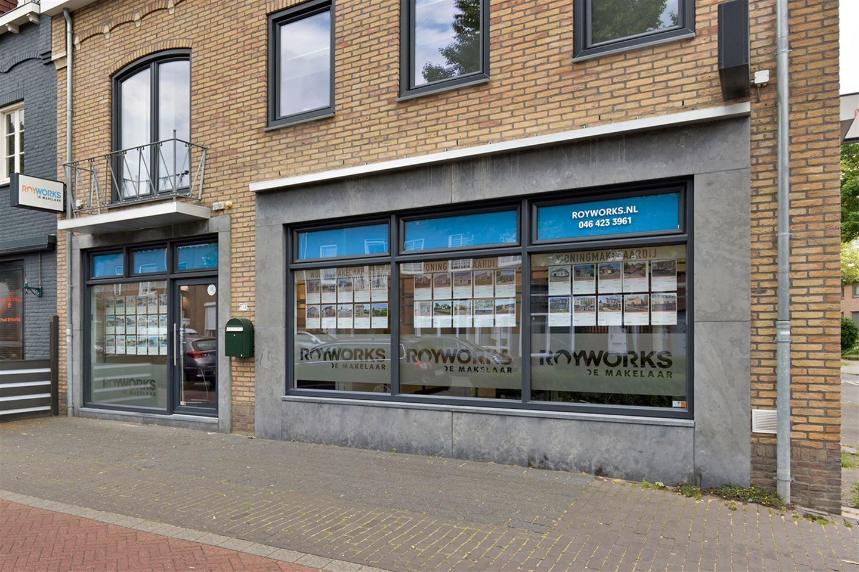 Bekijk foto 2 van Rijksweg Zuid 133