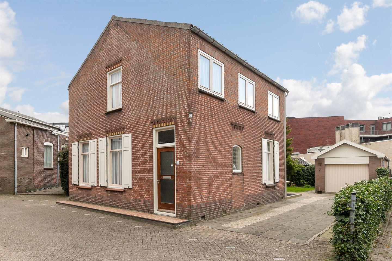 Bekijk foto 1 van Peulenstraat 171
