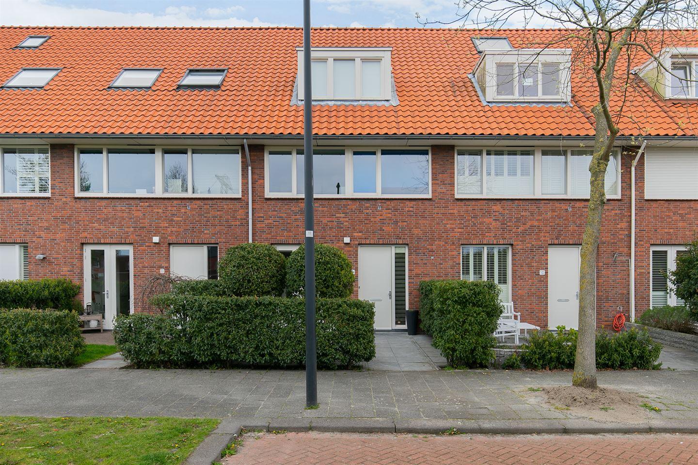 Bekijk foto 1 van Henri Matissestraat 8