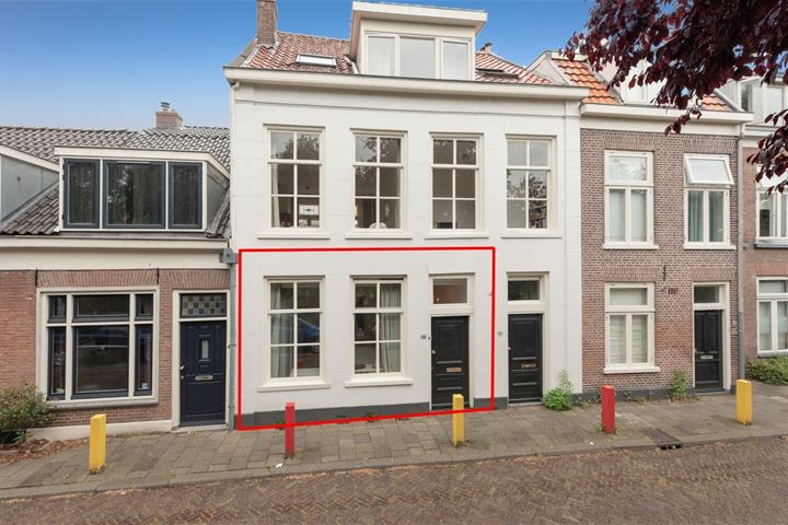 Kerkstraat 56