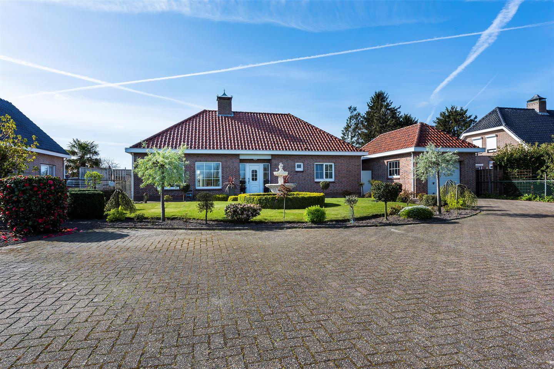 Bekijk foto 1 van Bredaseweg 14