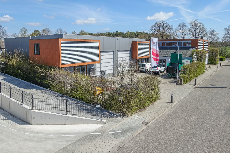 Bekijk foto 1 van Industrieweg 2 a/b