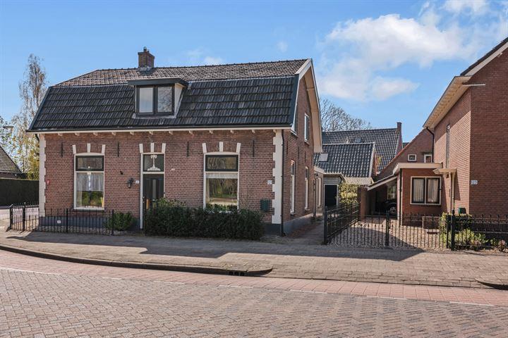 Dorpsstraat 121