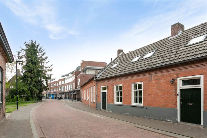 Burgemeester Frenckenstraat 8