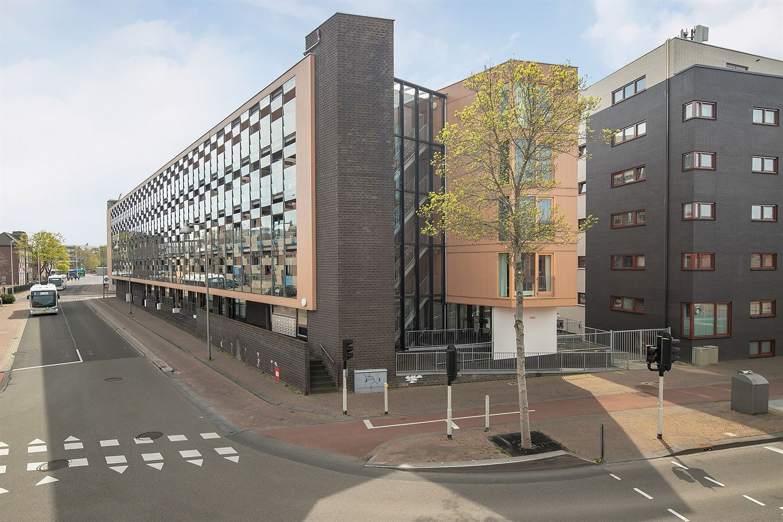 View photo 2 of Molendwarsstraat 114