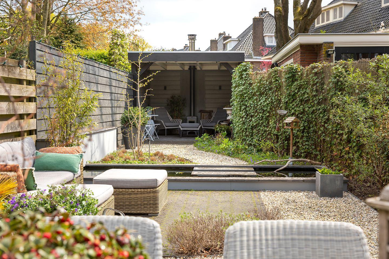Bekijk foto 3 van Loosdrechtseweg 11