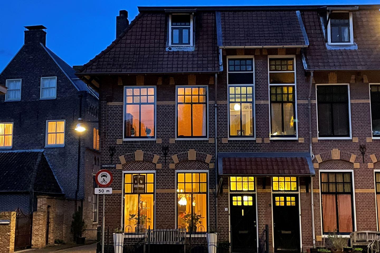 Bekijk foto 2 van Kerkstraat 1