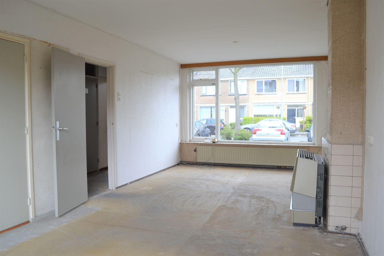 View photo 3 of Van der Kloot Meyburgstraat 21