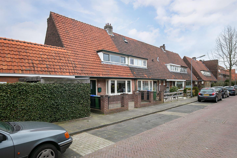 Bekijk foto 3 van Professor Dondersstraat 3