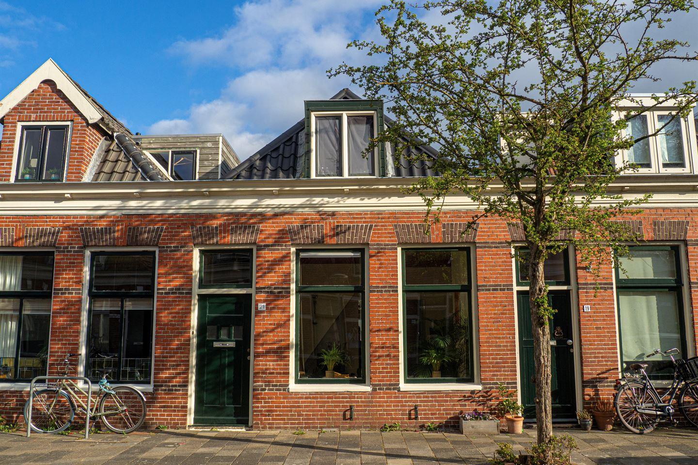 Bekijk foto 1 van Eerste Spoorstraat 21
