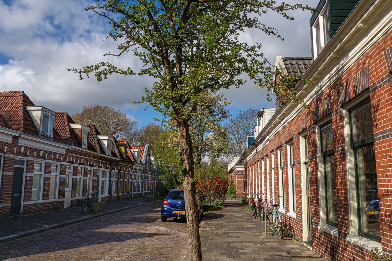 Bekijk foto 3 van Eerste Spoorstraat 21