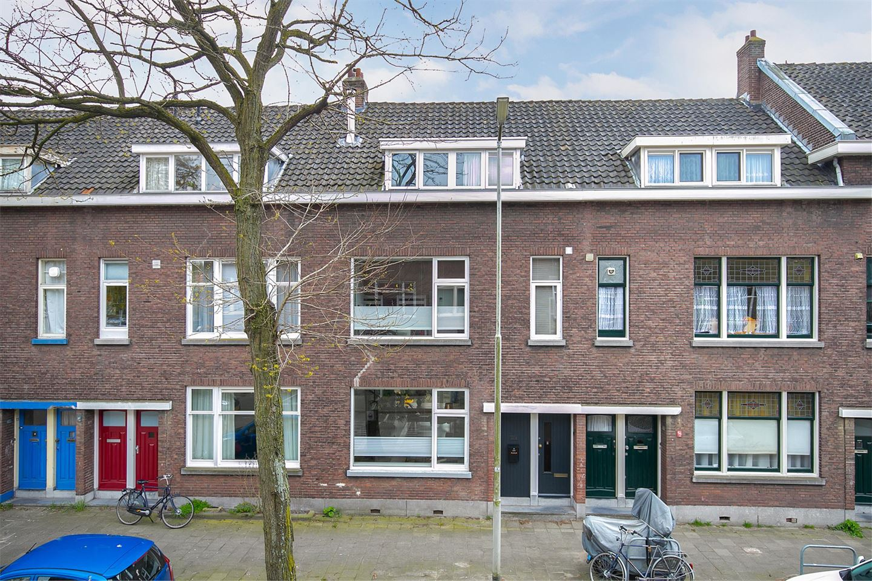 Bekijk foto 1 van Prins Frederik Hendrikstraat 77